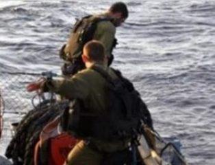 Israeli Navy Kidnaps Two Fishers In Northern Gaza– IMEMC News