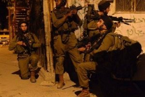 israeli soldiers night invasion palestive tv