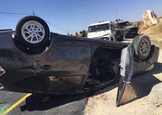 Settler car overtuned (image released by Israeli limitary)