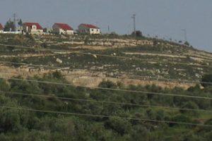 Israeli settlement near Nablus (image from wikimedia)