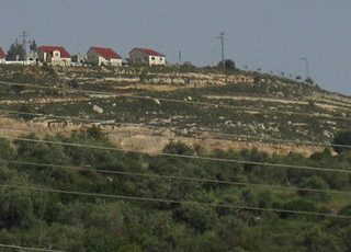 Israeli settlement near Nablus (image from wikimedia)