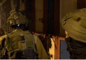 Army Abducts Five Palestinians In Tulkarem
