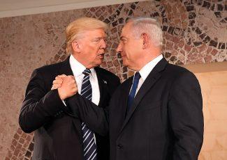 Donald Trump and Israeli Prime Minister Binyamin Netanyahu (image from wikimedia)