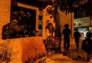 Israeli Troops Abduct Five Palestinians in Pre-Dawn Raids Across the West Bank