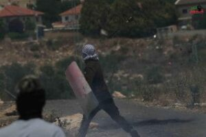 Israeli Forces Cause Palestinians to Suffocate at Kufur Qaddoum Protest