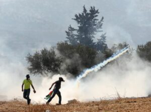 Soldiers Injured Many Palestinians Near Nablus
